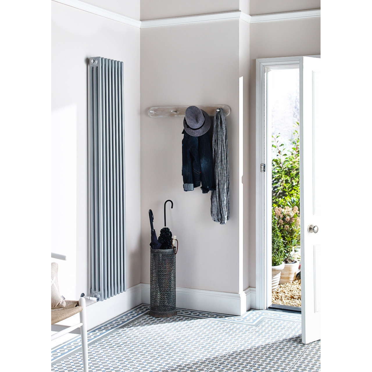 Ultra Colosseum Triple Radiator 1800mm x 381mm - HXS12